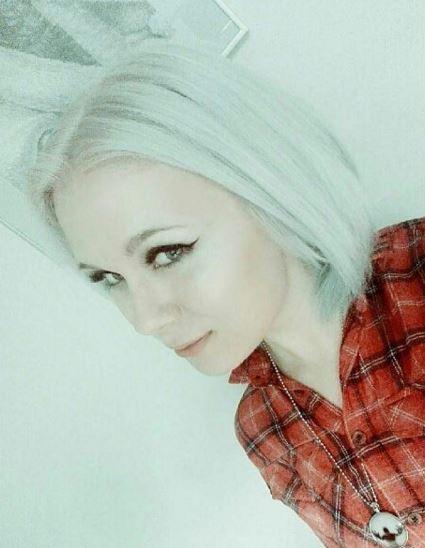 Silver Veronica White