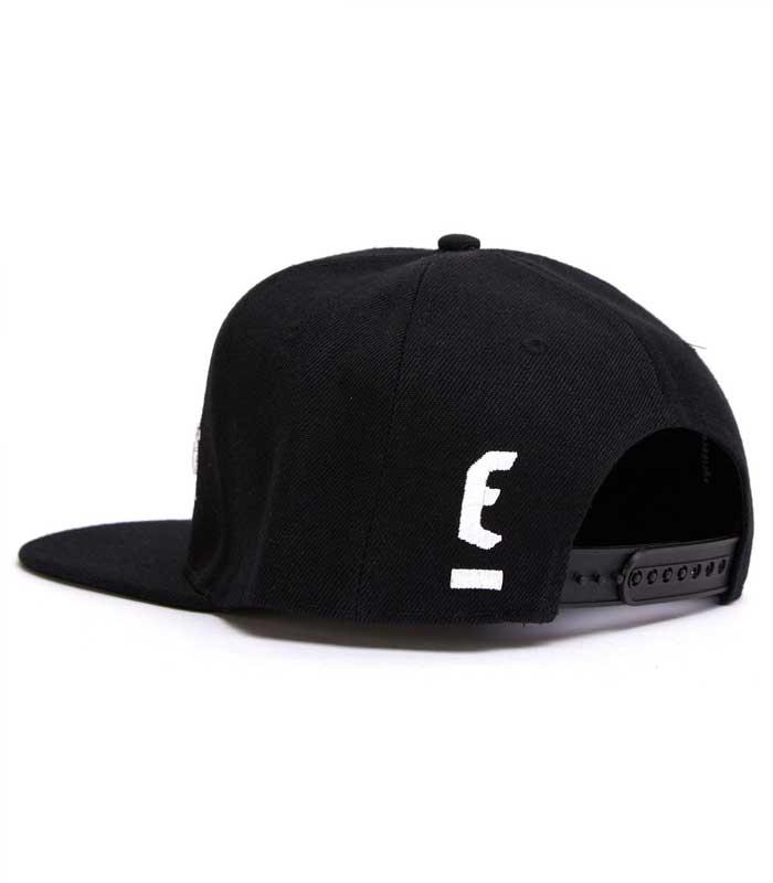 ERIHWS001W02_3D_OG_logo_white_black_02